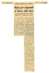 Riuscito 'incontro' con i giovani. Musica per cinquemila al Palazzo dello Sport  : Entusiasmante concerto diretto da Piero Bellugi con il pianista Aldo Tramma 15 maggio 1971
