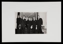 positivo Foto di gruppo: Nino Rota e alcuni funzionari della Provincia di Bari, [1962 - 1970]