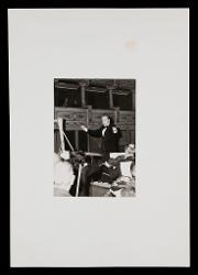 materiale vario Nino Rota dirige il Concerto per arpa e orchestra al Teatro Politeama Greco di Lecce, 12 dicembre 1972