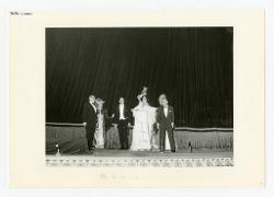 materiale vario Foto di gruppo: Nino Rota e alcuni interpreti, 13 gennaio 1968