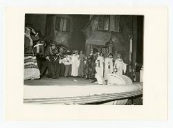 positivo Foto di scena: Eugenia Ratti e Federico Davià, 20 febbraio 1965