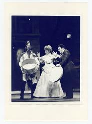 positivo Foto di scena: Stephen Dickson, Kathryn Bouleyn e Ragnar Ulfung, 17 agosto 1977