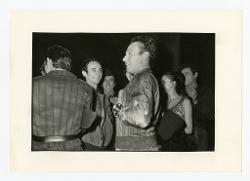 positivo Foto di scena: Mario Pistoni e un gruppo di persone, 03 settembre 1966