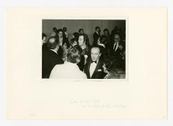materiale vario Gruppo di persone: al centro il regista Alberto Fassini e Nino Rota, di spalle Federico Fellini e Franco Zeffirelli, 06 febbraio 1970