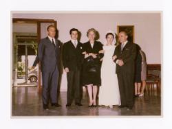 positivo Foto di gruppo: Nino Rota, Riccardo Muti, Cristina Mazzavillani e altre due persone, 1969