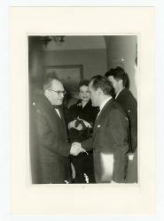 positivo Nino Rota stringe la mano a Vito Lattanzio, [anni '50 - '60]