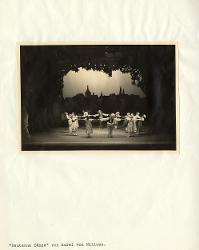Deutsche Tänze (Danze tedesche) Veduta d'insieme della scena con interpreti / Foto di scena