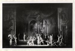 Der Verlorene Sohn (Il figliol prodigo) Veduta d'insieme della scena con interpreti / Foto di scena