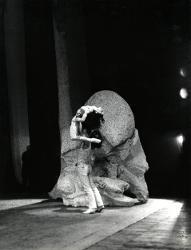 La Follia di Orlando Elisabetta Terabust nel ruolo di Angelica e un interprete maschile / Foto di scena
