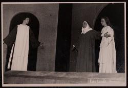 Mistero della natività, passione e resurrezione di nostro Signore Paolo Poli con altri interpreti / Foto di scena